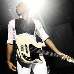 Tony Kanal(NO DOUBT)