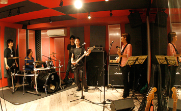 音楽スタジオが使い放題! 夢のようなシェアハウスが誕生