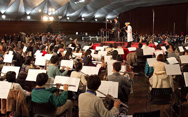2014楽器フェアにて「ブラス・ジャンボリー」開催決定。楽器を持っていざビッグサイトへ!