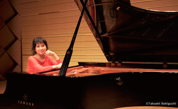 ヤマハホールに響きわたるCFXの美しい音をピアノソロアルバムで/国府弘子