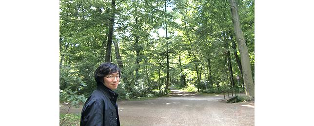 大学の裏の森にて_阪田知樹