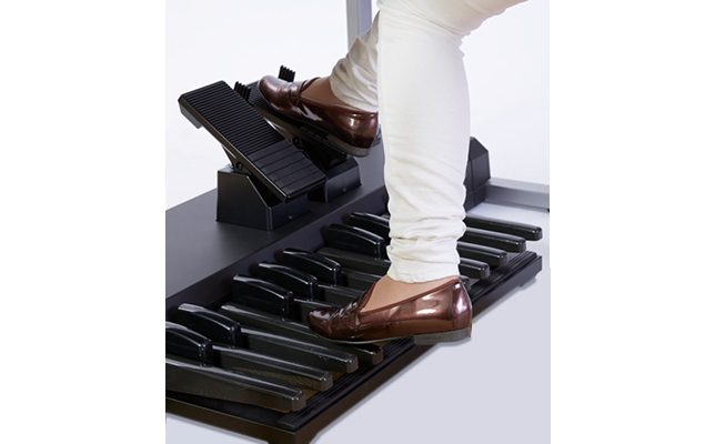ピアノやエレクトーンを本番で演奏する時の靴選び
