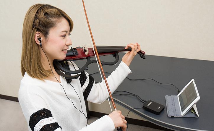 練習用のバイオリンとして進化する機能と、守り続けるデザイン