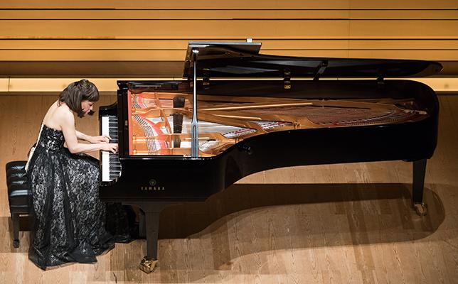 """""""演奏経験の原点""""の場に戻って、闊達なピアニシズムで魅了/小川典子ピアノ・リサイタル"""
