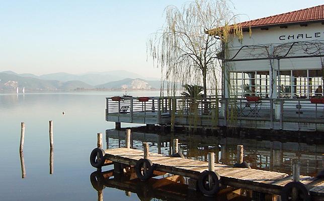 美しいマサチュウコッリ湖