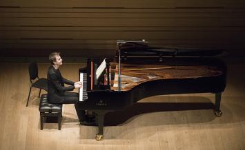 アレクサンドル・タロー ピアノ・リサイタル