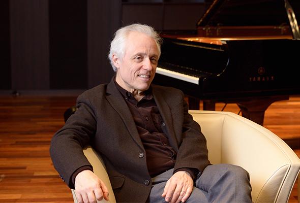 20年ぶりにソロ・リサイタルが実現 パスカル・ドゥヴァイヨン ピアノ・リサイタル インタビュー