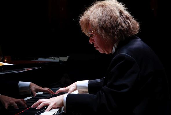 藤井一興 ピアノ・リサイタル「音楽遺産」~受け継がれる感性~ 公演前インタビュー