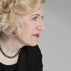 ピアニスト サラ・デイヴィス・ビュクナー