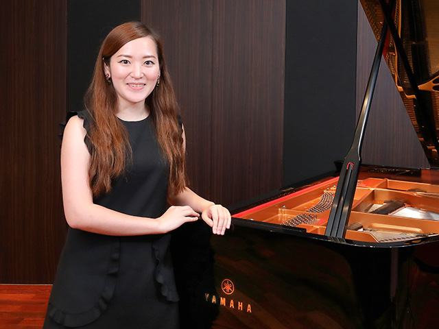 自分にないものを追い求め、変わり続けることのできるピアニストになりたい。~木米真理恵さんインタビュー