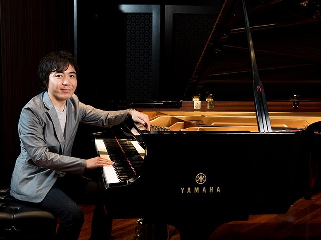 オールロシアもののピアノリサイタルで、壮大なオーケストラサウンドを表現したい。~黒岩航紀さんインタビュー