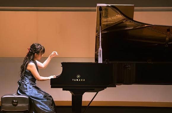 スクリャービンを中心にロシアピアニズムの系譜をたどる意欲的なプログラム~大塚玲子 ピアノリサイタル~